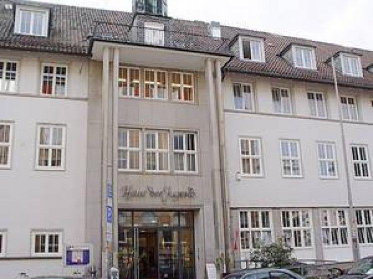 Haus Der Jugend Alias 300X Variabel